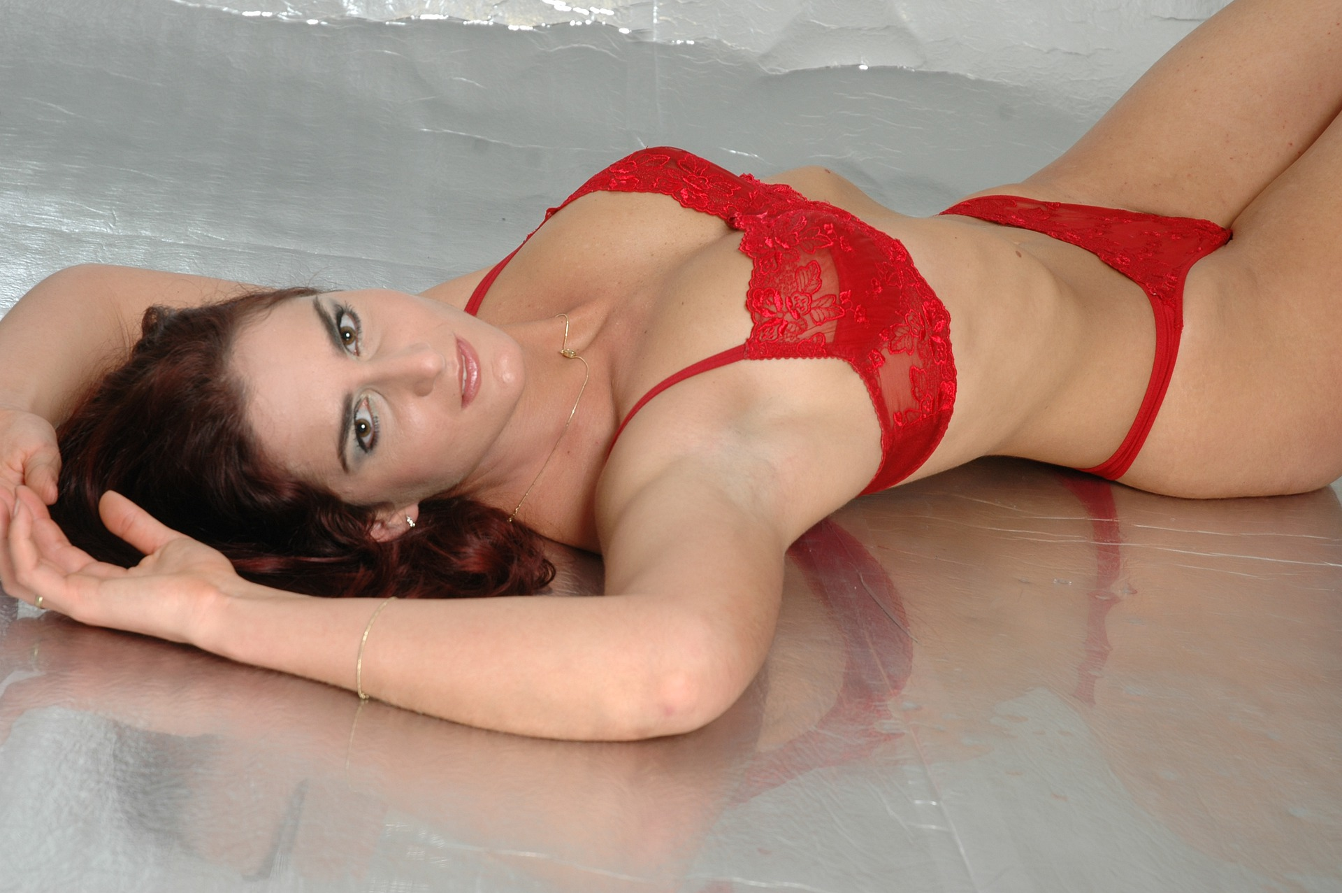 erotic-5488828_1920